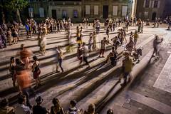 Entrez dans la danse (Explore) (RVBO) Tags: couleurs avignon nuit