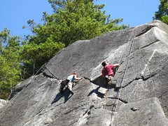 Nat on a 10b; Dave in a hole (Ruth and Dave) Tags: cliff rock dave nat crack climbing granite squamish provincialpark 59 climbers crag smokebluffs 510b tunnelrock
