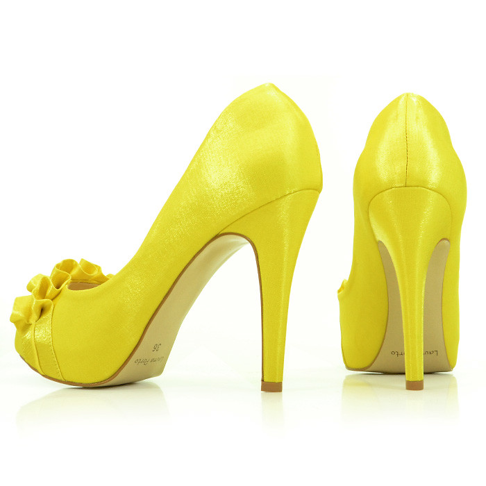 99816802ff Sapato de Noiva Peep Toe Amarelo Laura Porto (fortcalcados) Tags  laura de toe  amarelo porto peep noiva sapato