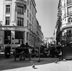 (StylelaB) Tags: life street light shadow summer people bw white black paris france art 6x6 film contrast rollei square photography blackwhite kodak streetphotography photojournalism style ishootfilm iso 400 squareformat v600 yashica parisian parisienne yashicamat124g parisien filmisnotdead stylelab ahuypham