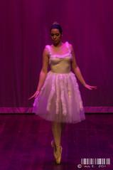 Ballet versus fusin V (PeRRo_RoJo) Tags: light ballet espaa woman sexy luz girl luces dance sony fusion baile vila castillaylen dslra580 lasherma ellegadodeisis