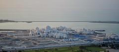 View 2 (Beth PH) Tags: uae emirates abudhabi grandmosque sheikhzayedmosque jumeirahatetihadtowers yasmarinaf1circuit