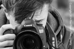 Focused Tom (Paul Fears Photography www.paulfearsphoto.co.uk) Tags: southwales canon video student aberystwyth canon5d filming castell coch tomfears