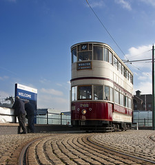 Awaiting arrivals (georgeupstairs) Tags: sun car sunshine liverpool relaxing crew birkenhead preserved woodside tramcar 762 mtps merseysidetramwaypreservationsociety liverpoolcorporationtramways wirralheritagetramway