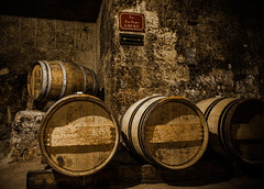 red castle saint rouge photo wine image barrel bordeaux picture cave vin chateau emilion gironde tonneau