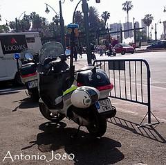 Policía de Barrio (AntonioJ080) Tags: moto local 112 barrio 092 málaga larios unidad policía