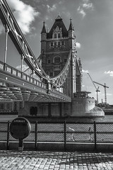 Down London Bridge (| Heny Frias |) Tags: city trip travel viaje bridge blackandwhite bw london blancoynegro look walking bay europa europe sitting cityscape walk ciudad paseo lovely dockbay