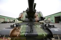 vue de face du canon de 155mm (Model-Miniature / Military-Photo-Report) Tags: self canon french 1 photo gun military report mm ra auf amx 155 propelled howitzer 155mm auf1 rgiment automoteur modelminiature dartillerie 40me suippes amxauf1