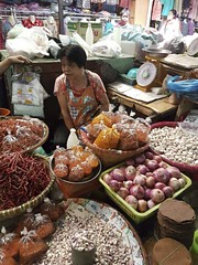 Warorot Market (17 of 71) (John Shedrick) Tags: food vegetables thailand asia chinatown farmers market unique traditional indoor meat smartphone chiangmai local nontourist samsunggalaxys7edge