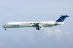 PJ-MDE McDonnell Douglas DC-9-32 at Sint Maarten (yyzgvi) Tags: air sint insel international douglas maarten bv mcdonnell md82 dc982 pjmde