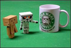 Feliz Dia del Orgullo Friki (mike828 - Miguel Duran) Tags: coffee toy robot starwars sony freak mug mk2 juguete friki danbo rx100 revoltech danboard rx100ii danbowars