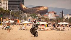 beach life-1 (dACE :)) Tags: barcelona people espaa architecture spain arquitectura gente bcn catalonia barceloneta catalunya immigrants inmigrantes gent catalua platja espanya hotelarts inmigrants