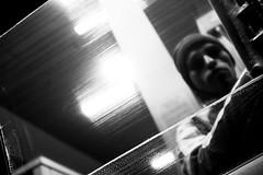 (. . .) Tags: chile portrait people white black blanco glass monochrome del grey lights mar y via candid negro gray documentary monochromatic clean vidrio 2016