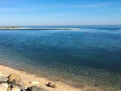 Long Island Sound from Old Dock Road (Matt McGrath Photography) Tags: newyork beach water unitedstates longisland northshore kingspark longislandsound sunkenmeadowstatepark olddockroad