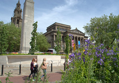 Summer in the City (Tony Worrall Foto) Tags: county uk girls summer england urban building monument nature architecture stream tour open place northwest unitedkingdom candid country north may visit location lancashire urbannature area preston cenotaph build northern update built attraction lancs harrismuseum welovethenorth