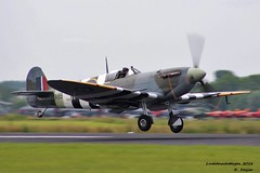 Spitfire AB910 (Mk Vb) (Romar Keijser) Tags: memorial force britain air flight royal battle spitfire airforce raf leeuwarden 2016 luchtmacht basis lmd bbmf luchtmachtdagen vliegbasis luchtmachtbasis lmd2016 lmd16