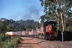 X52_5 (Bingley Hall) Tags: rail railway railroad transport train transportation locomotive engine australia southaustralia fosterscorner southline broadgauge freight vline 645 emd clydeengineering x52 railpage:class=17 railpage:loco=x52 rpauvicxclass3 rpauvicxclass3x52 railpage:livery=5