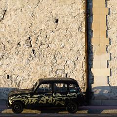 Marseille (monsieur ours) Tags: marseille france street rue couleur color corniche voiture car 4l
