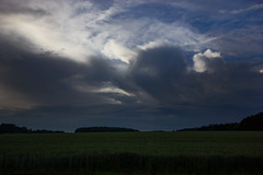 Countryside Evening (betadecay2000) Tags: sky cloud storm rain weather clouds dark cloudy outdoor bad himmel wolke wolken rainy nrw thunderstorm heavy gewitter eta dunkel wetter meteo weer wolkig unwetter rosendahl darfeld rosendahldarfeld