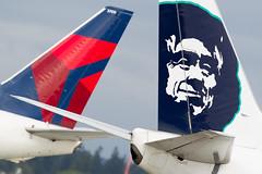 2016_06 Delta Alaska-4 (jplphoto2) Tags: sea alaska airplane aircraft aviation delta alaskaairlines deltaairlines ksea seattletacomainternationalairport alaskaairlineslogo jeremydwyerlindgren jdlmultimedia deltaairlineslogo