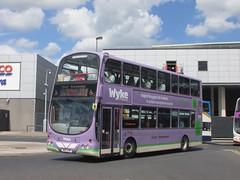 East Yorkshire 720 W80EYM Hull Interchange on 121 (1) (1280x960) (dearingbuspix) Tags: eastyorkshire wyke 720 eyms yx07hkg w80eym wyke6thformcollege wwwwykeacuk