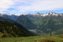 Les Pyrnes, village de Luz Ardiden, GR10 (escaledith) Tags: france altitude 64 pyrnes randonne luzardiden gr10 2100m hautepyrnes stationdesky