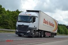 Mercedes Benz Actros MP4 'Davis Haulage' reg GJ63 SVX (erfmike51) Tags: lorry artic davishaulage euro6 mercedesbenzactrosmp4