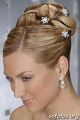 Penteado para noiva cabelo liso preso