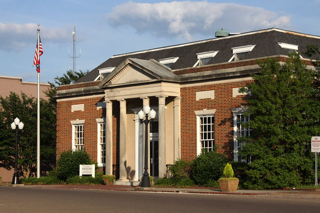 Huntingdon, TN Post Office