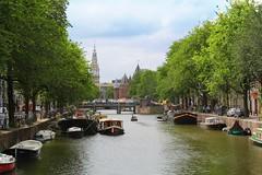 Geldersekade / Amsterdam (rob4xs) Tags: amsterdam water canal gracht geldersekade dewaag woonboot houseboat westertoren mokum nederland thenetherlands netherlands holland hoofdstad capital