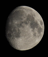 Waxing Gibbous Moon (Dave McGlinchey) Tags: moon astro astronomy lunar astronomyrelated