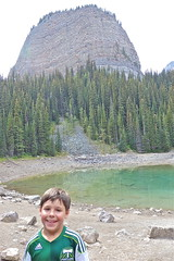 Catcher With Big Beehive (Catcher & Co.) Tags: vacation holiday canada rockies nationalpark hiking hike alberta banff rockymountains catcher lakelouise banffnationalpark bigbeehive
