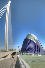 DSC_4008 (Joachim S. Mller) Tags: bridge espaa valencia spain calatrava brcke santiagocalatrava spanien espania ciudaddelasartesydelasciencias ciudaddelasartes stadtderknsteundderwissenschaften stadtderknste pontdelassutdelor puentedelassutdelor elgora lgora assutdelorbridge