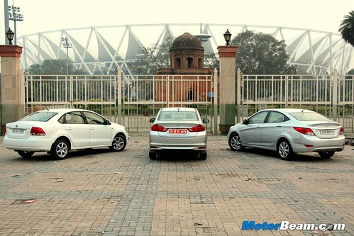 Hyundai-Verna-vs-Honda-City-vs-Volkswagen-Vento-11