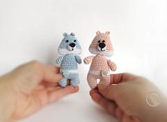 PetsLair (-Natalis-) Tags: bear pink blue teddy handmade brooch crochet crochettoy crochetteddybear petslair