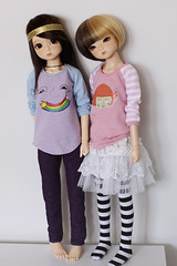 Nanok & Tigerlou. (icantdance) Tags: sweater twiggy elfdoll nanok tigerlou icantdance