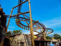 Lost Kingdom Paultons Park (ThemeParkMedia) Tags: park new uk family tourism forest lost tour dinosaur flight kingdom roller rides coaster attraction attractions velociraptor 2016 pterosaur paultons