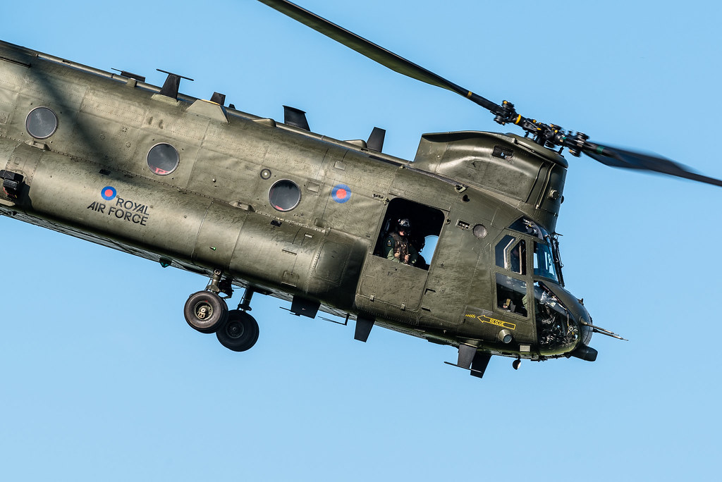 chinook rotorblades with Rotorblur on 2009 09 Greece also Arm royalnavy in addition MD900 Explorer moreover Hucknall raf also Rotorblades.