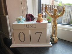 Tuesday, A busy, busy week IMG_8581 (tomylees) Tags: morning summer june pig calendar tuesday geode 7th essex perpetual 2016