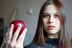 come here, Adam (simone.pelatti) Tags: red apple eva portrait temptation sonya6000