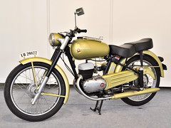 Montesa (alba-7) Tags: espaa bike wheel speed vintage spain nikon flickr engineering retro murcia motorbike spanish moto motorcycle vehicle motor motocicleta espaola ingeniera montesa d5000