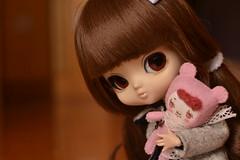 Banana & Camilita (-gigina-) Tags: brown cute doll close handmade mini banana camile obitsu podo mformonkey yeolume