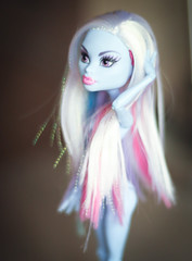 IMG_0682 (Petra Key) Tags: abbey monster high bominable
