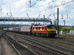90035 Doncaster, 15th May 2010. (Dave Wragg) Tags: electric train railway loco locomotive doncaster ews class90 90035 1z90