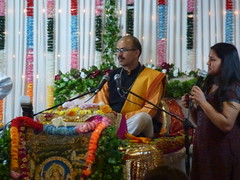 Katha on Mataji Arvindbhai Leicester 004 (kiranparmar1) Tags: leicester story event priest hindu guru katha brahmin mataji recitals 2013 sanatanmandir arvindbhai