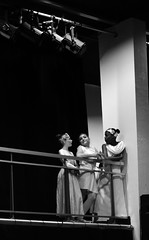 les 3 graces (Jacques in Ze Box) Tags: noiretblanc danse spectacle danseuse