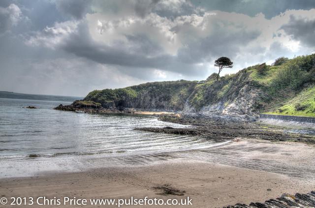 Cwm-yr-Eglwys, Dinas Island, Pembrokeshire