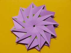 Another twelve pointed star by Hans-Werner GUTH (esli24) Tags: origami origamistar hanswernerguth papierfalten origamistern esli24 ilsez twelvepointstar anothertwelvepointstar