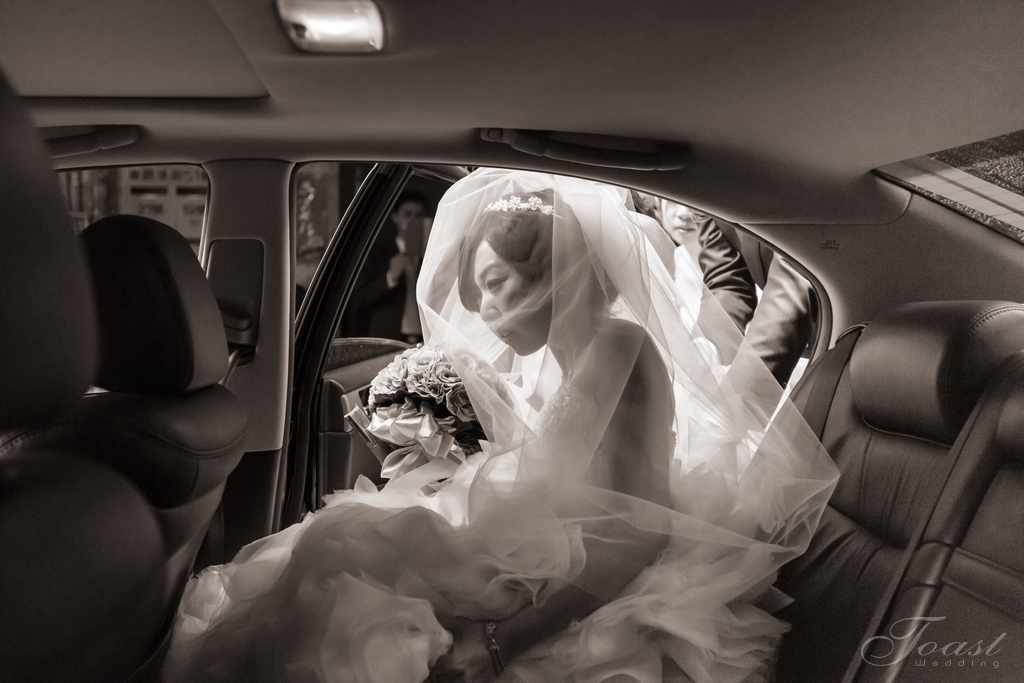 9158618508_5f6995be8d_o-法鬥影像工作室_婚攝, 婚禮攝影, 婚禮紀錄, 婚紗攝影, 自助婚紗, 婚攝推薦, 攝影棚出租, 攝影棚租借, 孕婦禮服出租, 孕婦禮服租借, CEO專業形象照, 形像照, 型像照, 型象照. 形象照團拍, 全家福, 全家福團拍, 招團, 揪團拍, 親子寫真, 家庭寫真, 抓周, 抓周團拍