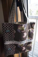 "Saco Selvage ""Natural Style"" (owl_mania) Tags: bag quilt crochet boto quilting patchwork batting saco fabrics galo tecidos junho botes gales 2013 tecidojapons tecidosjaponeses tecidosportugueses sacoselvage bolasdetons sacoempatchwork"